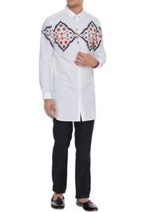 white-kurta-shirt-with-central-varanasi-print