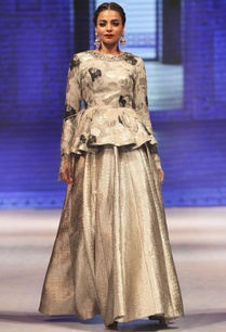silver-organza-peplum-jacket-with-textured-lehenga
