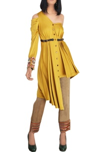 mustard-cold-shoulder-satin-lycra-shirt-with-raw-silk-slim-pants