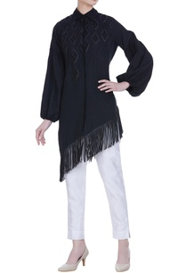mulmul-embroidered-asymmetric-shirt