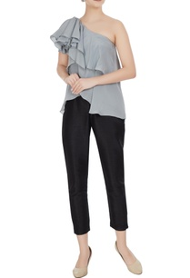 grey-crepe-georgette-one-shoulder-tiered-style-blouse