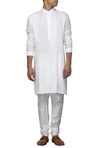 white-pleated-kurta