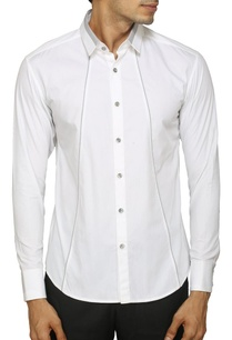 white-shirt-with-contrast-grey-detailing
