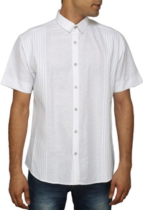 white-short-sleeved-pleated-shirt
