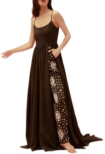 black-twill-maxi-dress-with-embroidered-pants