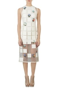 ivory-floral-square-applique-fitted-dress