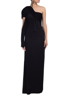 black-sculpted-one-shoulder-gown