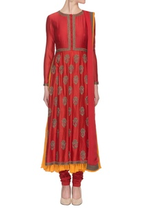 maroon-embroidered-anarkali-set