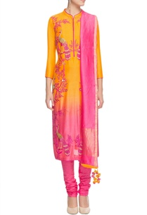 yellow-pink-shaded-peacock-motif-kurta-set