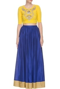 blue-skirt-with-embroidered-yellow-top