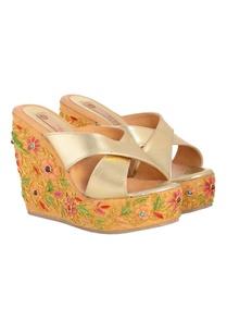 gold-beige-floral-embroidered-wedges