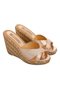 gold-strap-wedges-with-sequin-thread-work
