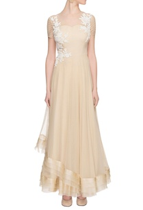 beige-layered-dress-with-white-applique
