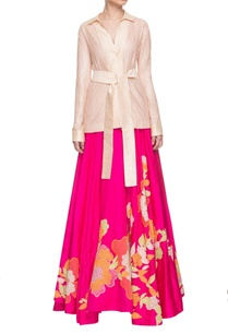 peachy-pink-robe-top-with-an-embroidered-skirt