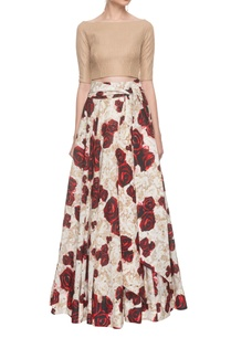 beige-crop-top-with-flared-rose-printed-skirt