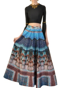 black-embellished-crop-top-with-printed-skirt