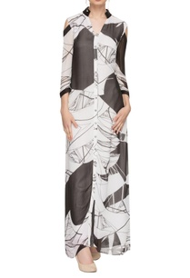 black-white-abstract-printed-maxi-dress