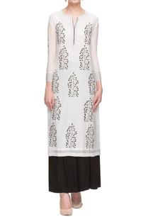 white-black-motif-printed-tunic