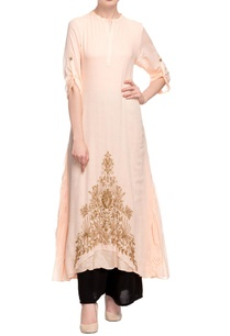 peach-embroidered-long-kurta