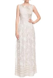 white-floral-motif-long-dress
