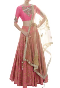 pink-gold-floral-embroidered-lehenga-set