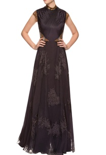 black-tucked-gown