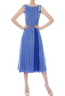blue-printed-midi-dress