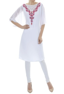 white-applique-work-kurti