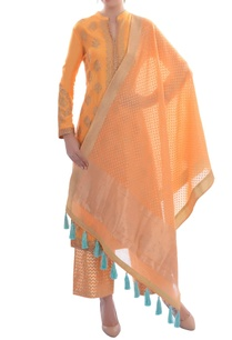 orange-embellished-kurta-set