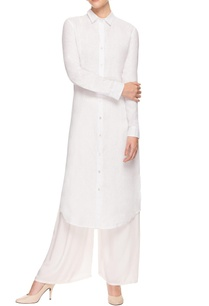 white-kurta-with-embroidery