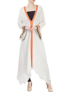 white-kurti-with-embellished-sleeves