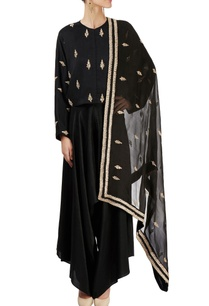 black-top-with-cowl-pant-dupatta