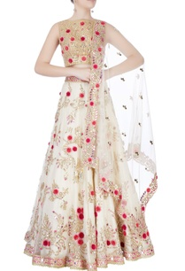 white-embroidered-lehenga-set