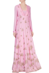 powder-pink-gown-with-goldwork-detailing