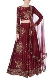 burgundy-lehenga-with-floral-motif-embroidery