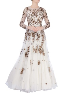 white-gown-with-metallic-embroidery