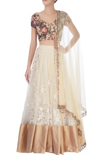 cream-embroidered-lehenga-floral-blouse