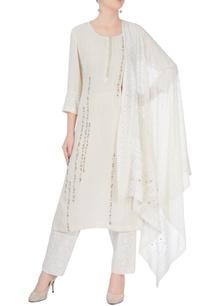 white-embroidered-kurta-set