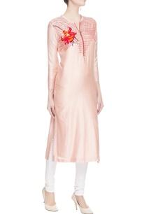 light-pink-embroidered-kurta