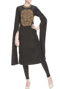 black-tunic-in-gold-print