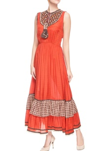 red-peasant-style-tiered-dress