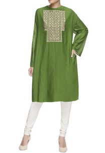 green-embroidered-oversized-kurta