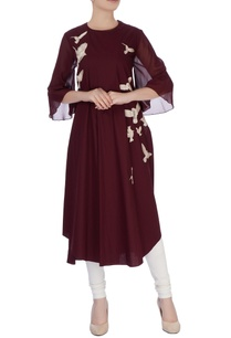 burgundy-applique-embroidered-kurta-with-flared-sleeves