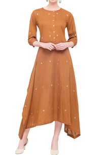 brown-linen-asymmetric-long-kurta