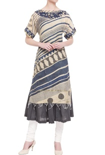 beige-embroidered-kurta-with-inner