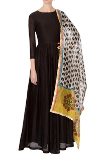 black-chanderi-anarkali-set-with-printed-pacman-dupatta
