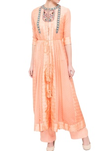 peach-georgette-viscose-silk-thread-work-kurta-set