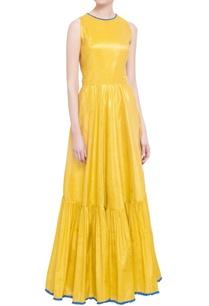 yellow-sleeveless-tiered-style-maxi-dress
