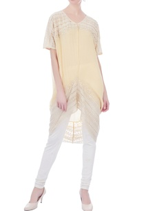 pale-yellow-asymmetric-hemline-kurta
