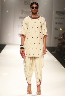 ivory-embroidered-backless-tunic-with-cowl-dhoti-pants